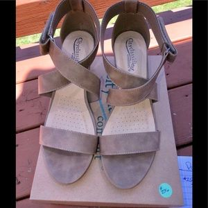 Sexy Wedge Strappy Taupe Sandals sz 10